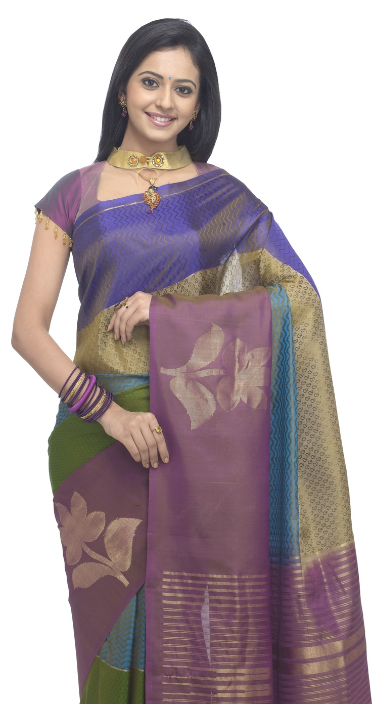 Collections:Life Style  Category:Saree  Price:Rs 6000.00/-