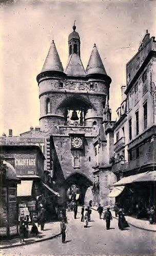 Bordeaux : la Grosse Cloche. Plus