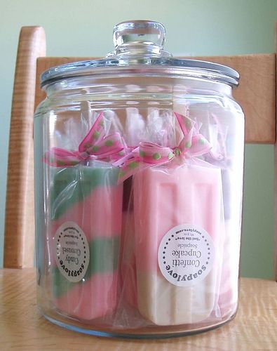 This 1/2 gallon apothecary jar is the perfect home for 8 Soapsicles. I love opening the jar and getting a fresh whiff of all those yummy fragrances! This would make a great shop display, bathroom decoration, or party centerpiece!