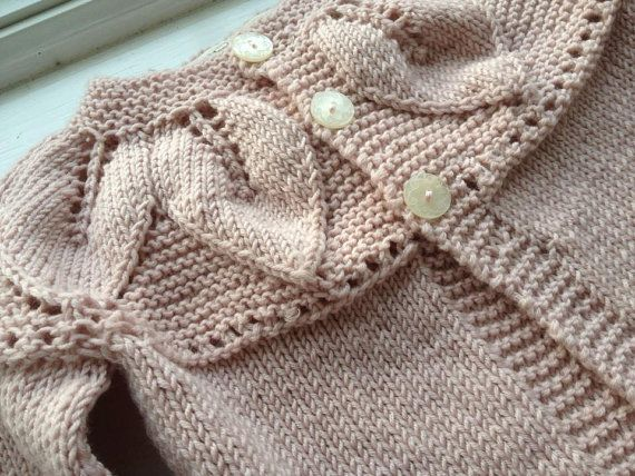 Artículos similares a Springtime in Florence - Handknit Toddler Sweater in 100% Superfine Merino Wool en Etsy