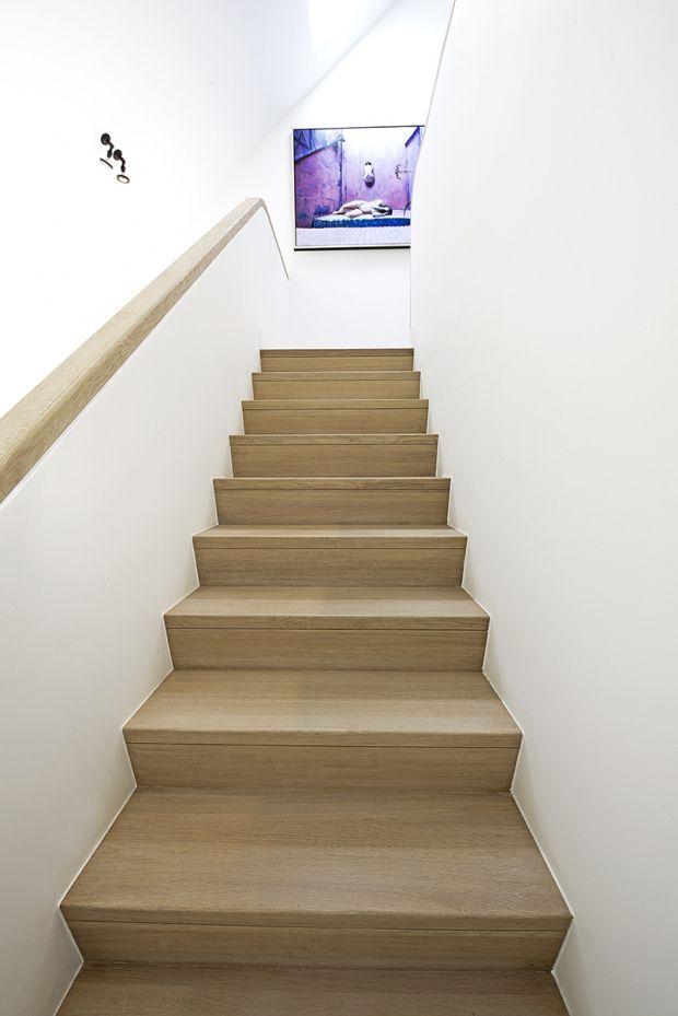 ontzagwekkend modern interieur houten trap ideeen badkamer interieur trap file interieur eerste verdieping myworldismymind inrichting pinterest