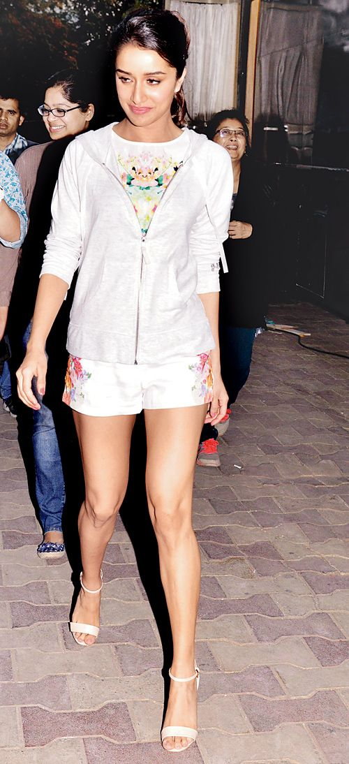 Shraddha Kapoor snapped at the shoot of an ad film in Mumbai. #Bollywood #Fashion #Style #Beauty