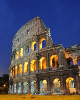 Roman colosseum( interesting to go to Rome-DS)