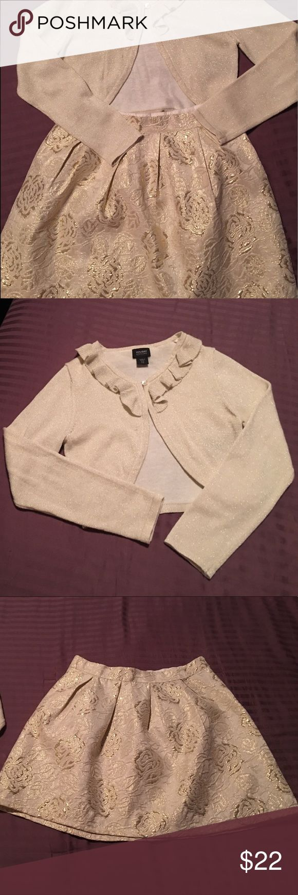 Gold skirt with matching sweater Worn once. Beautiful gold skirt and sweater ensemble! Size 7/8 (little girls) Excellent condition! Matching Sets