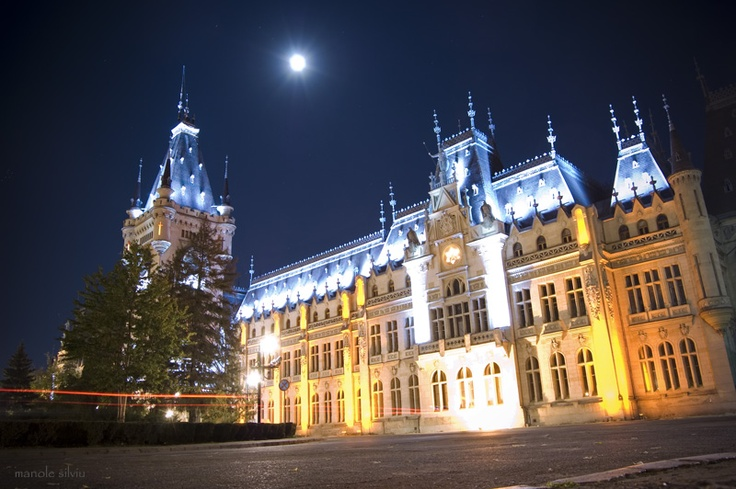 Palatul Culturii Iasi (The Palace of Culture Iasi) - Romania - Europe