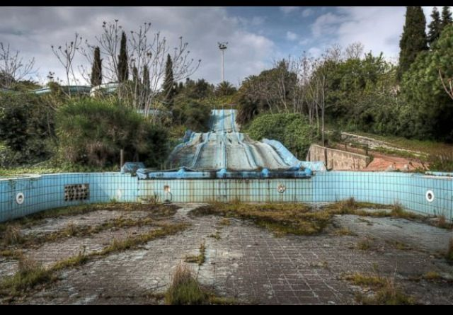 Creepiest abandoned water park #1