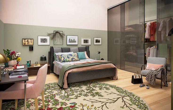 Camera da letto al femminile con maxi cabina armadio