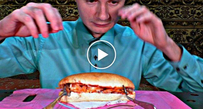 Homem Mostra Como Aquecer a Comida Rapidamente Sem Precisar De Micro Ondas http://www.desconcertante.com/homem-mostra-aquecer-comida-rapidamente-micro-ondas/