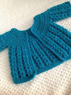 Crochet Baby Cardigan By kawaiiblythe - Free Crochet Pattern - (kawaiiblythe.wordpress)