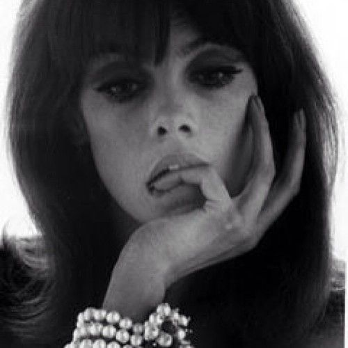 Jean Shrimpton photographed by Bert Stern, 1960 for TATLER feature on jewellery.