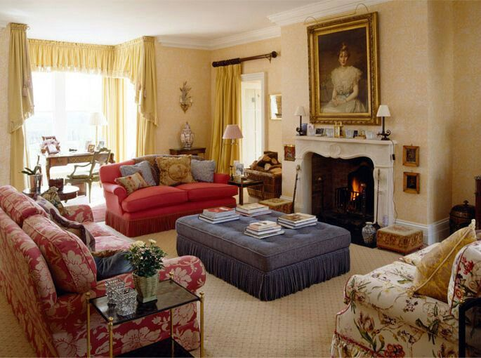 Mark gillette interior design english country house for American house interior decoration
