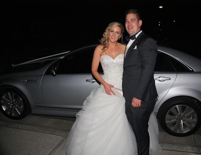 Amanda looked spectacular at Yarra Ranges Estate. #LimousineKing chauffeured the new couple in Silver Caprice sedan.