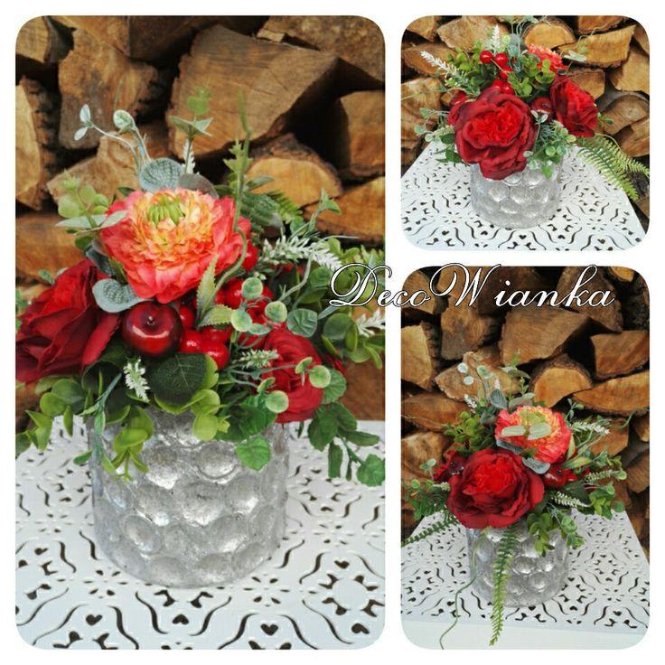 Kompozycja kwiatowa. www.decowianka.pl