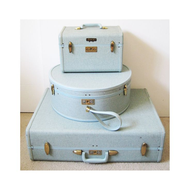 light blue 1960's vintage Samsonite luggage set suitcase hat box and carry on. via Etsy.