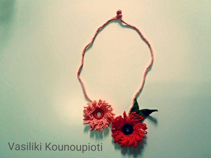 crochet necklace (madebymy) Vasiliki Kounoupioti