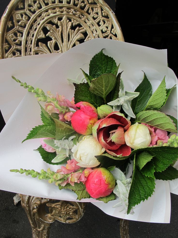order beautiful seasonal bouquets online at: http://estelleflowers.co.nz/collections/shop-online