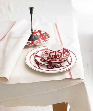 Hermes China- dishwasher and microwave safe!