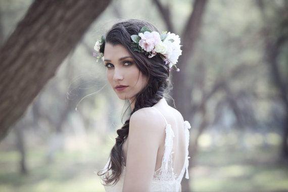 Hey, j'ai trouvé ce super article sur Etsy, chez https://www.etsy.com/fr/listing/218022433/couronne-florale-de-gardenia-fille-de