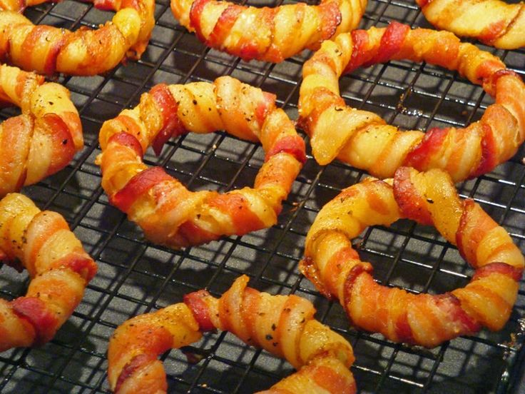 """From Judy at Carb Wars: Bacon Wrapped Onion Rings! Judy writes, """"Thanksgiving is the most under-appreciated of holidays. The stores have barely cleared away the spiders and witches before the poinsettias move in."""