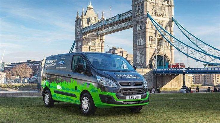 Londres accueille une flotte de Ford Transit hybride rechargeable