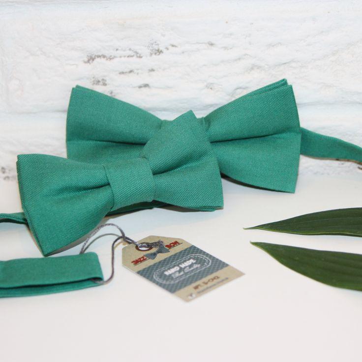 Детский галстук-бабочка: 5х10 см. Взрослый галстук-бабочка: 6х12 см. Все бабочки регулируются под нужную длину.