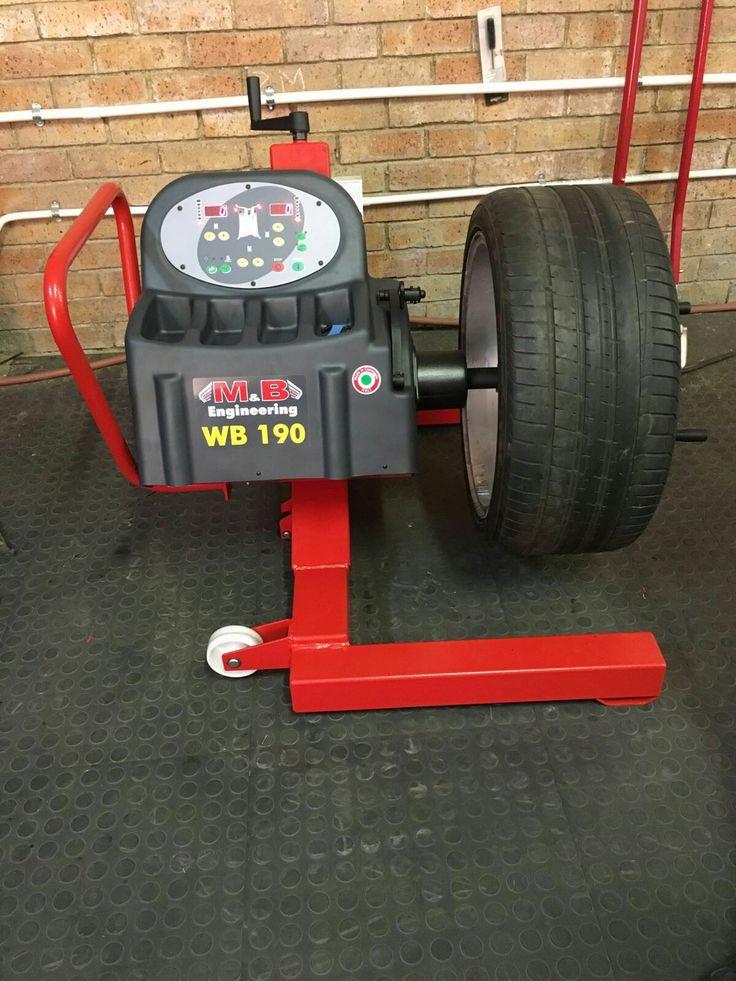 M&B Mobile Truck Wheel Balancer  WB190