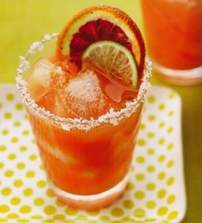 Blood Orange Margarita Recipe. Will be making these @ the games this fall!