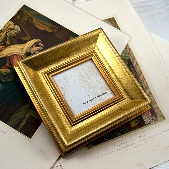 4x4 Deluxe Gold Photo Frame in Simple Smooth par mackenzieframes, $34,00