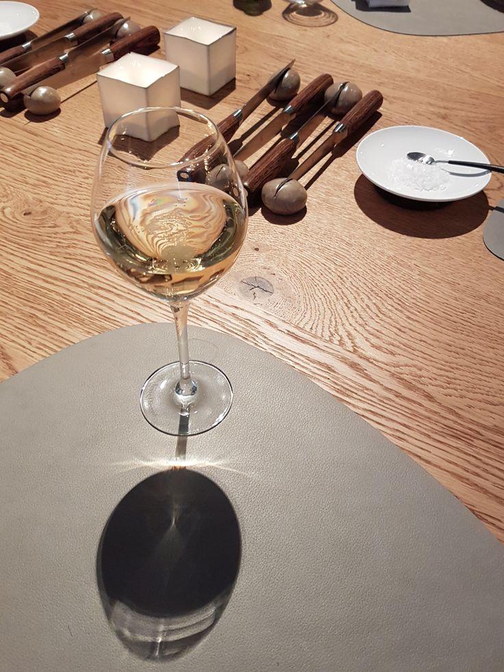 Genieten van het leven is mijn motto. En voor mij is dat genieten van heerlijk eten en dito wijnen.   sienenco.nl
