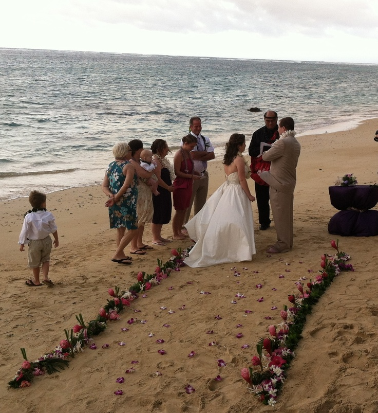 Couple S Wedding Ceremony And Reception Held At The Beach: 24 Best Oahu Beach Weddings Images On Pinterest