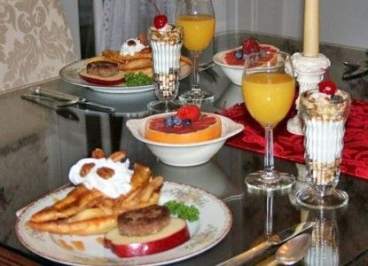 Deliciously Decadent Caramel Apple Pancakes from Martha's Vineyard Bed and Breakfast