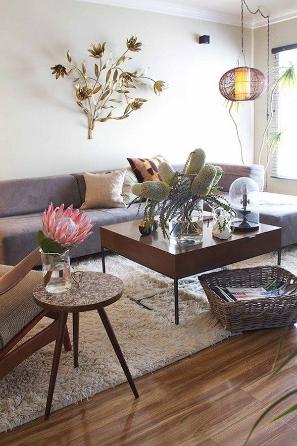 Michael's Tillary Sectional Sofa: House Tours, Artists Koreatown, Side Tables, Living Rooms, Koreatown Dennings, Apartment Therapy, Coff Tables, Michael Artists, Flowers