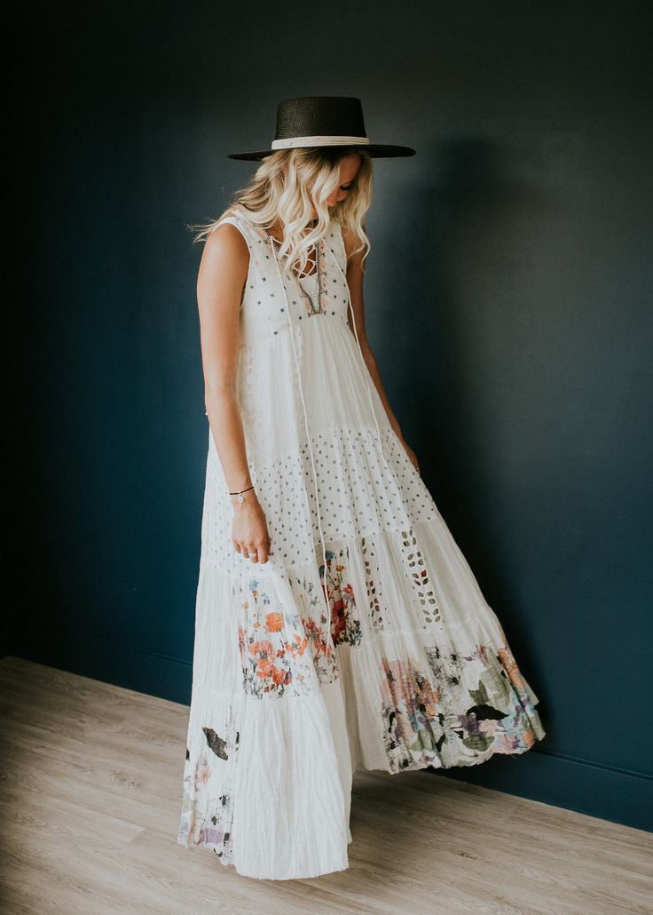 Pretty maxi frock. Easy, breezy & perfect for spring.