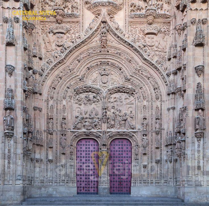 Catedral Nueva de #Salamanca , detalle de la fachada principal