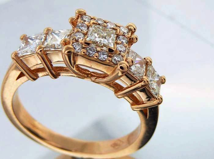 Catawiki online auction house: Ring set with princess cut diamonds  total 1.20 ct
