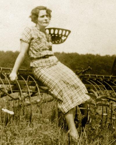 33 best 1930s depression era on the farm images on pinterest. Black Bedroom Furniture Sets. Home Design Ideas