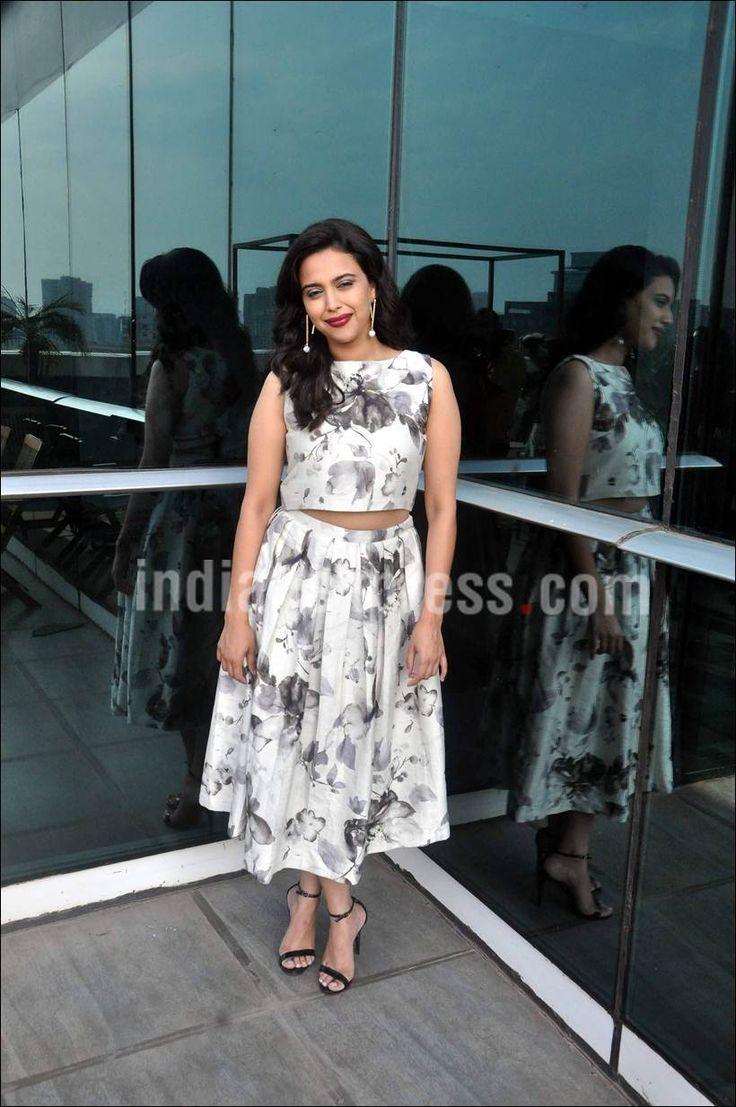 Swara Bhaskar celebrating birthday. #Bollywood #Fashion #Style #Beauty #Hot #Sexy