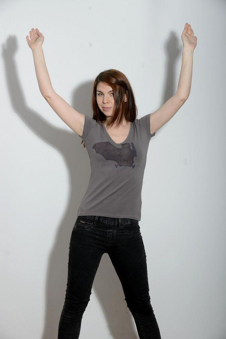 Our model Ruxi wearing the bat tshirt :-) http://yoyoro.net