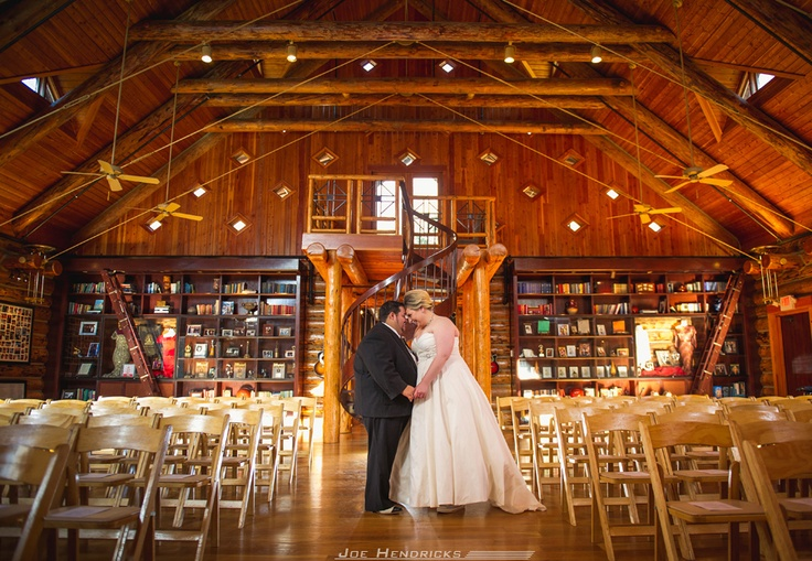 Beautiful Wedding At The Worlds Largest Log Cabin Fontanel Mansion