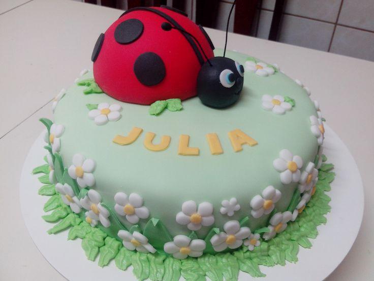Bolo de 2 anos da Júlia de joaninha
