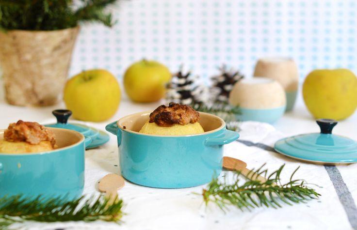 Les pommes au four : un dessert simple, généreux et plein de saveurs. Au four en début de repas et hop c'est prêt pour le dessert ! Pratique et délicieux !