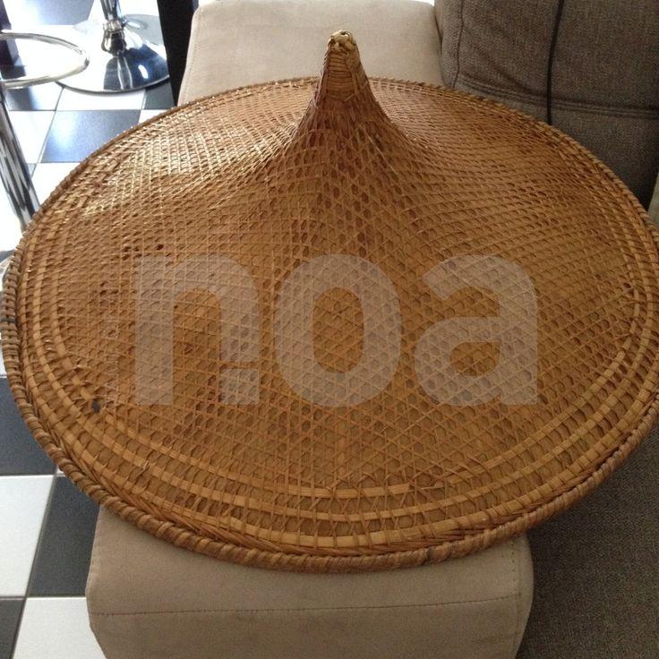 les 25 meilleures id es de la cat gorie chapeau chinois sur pinterest masque dragon. Black Bedroom Furniture Sets. Home Design Ideas