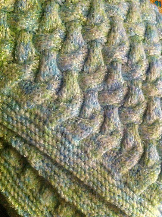 Ravelry: Cozy Cable Blanket by Bernat Design Studio