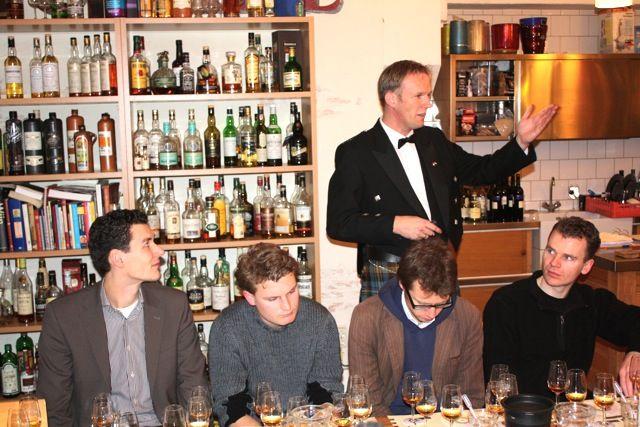 Whiskyproeverij op maat? Contact ons voor een offerte.