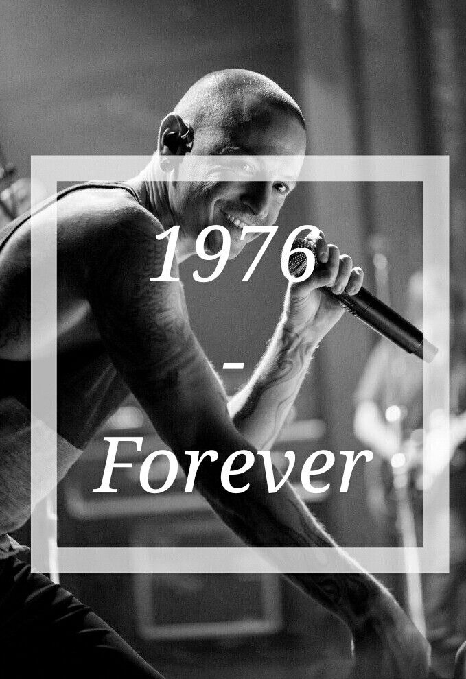 rest in peace too lead vocalist of linkin park chester.. you'll be missed, and never forqotten.