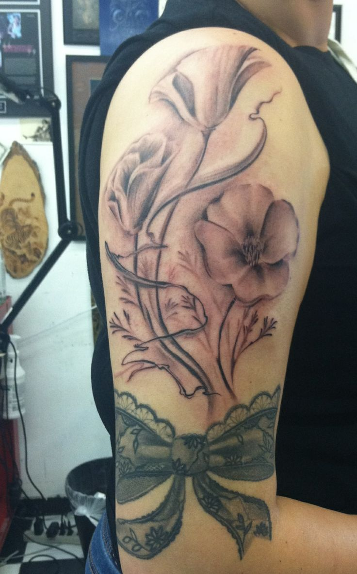 California state poppy flower and black and white lace for Tattoo shops in san marcos tx