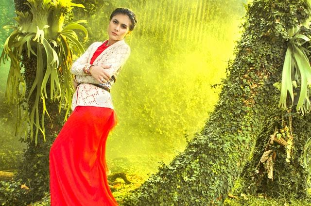 4 Gaya Kebaya Encim ala Wulan Guritno   FIMELA - Indonesian Online Fashion & Lifestyle Magazine