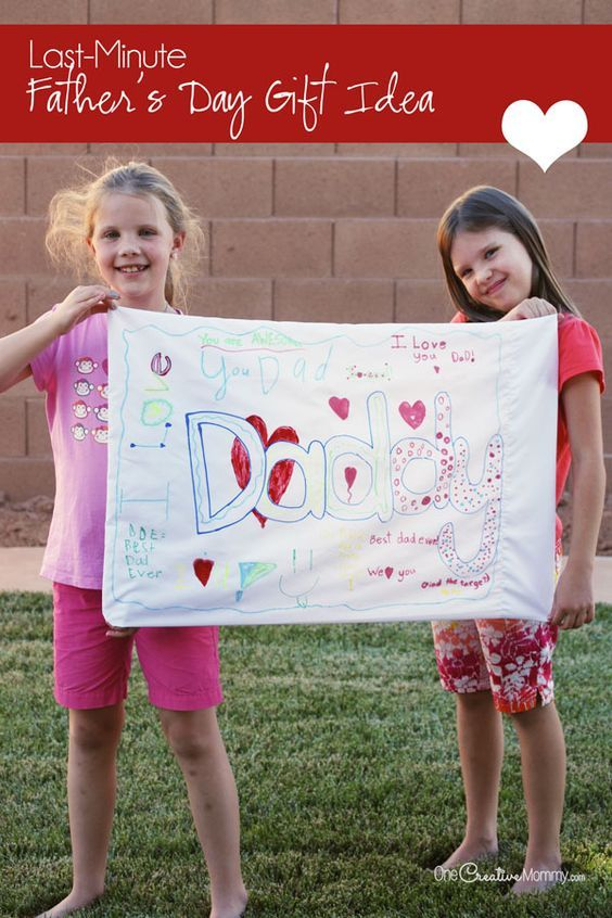 Dads love personalized gifts, and this one is super easy! {OneCreativeMommy.com} Great Father's Day Gift Idea!