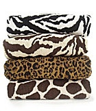 I want these towels!! I'm thinking of getting only two, then getting some brown or gold ones to accent. Don't want my man getting overwhelmed