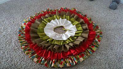 Ruffle Christmas Tree Skirt Tutorial!!